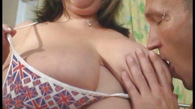 Lesbea fait pour mendier video porno amateur streaming par une rousse aux gros seins