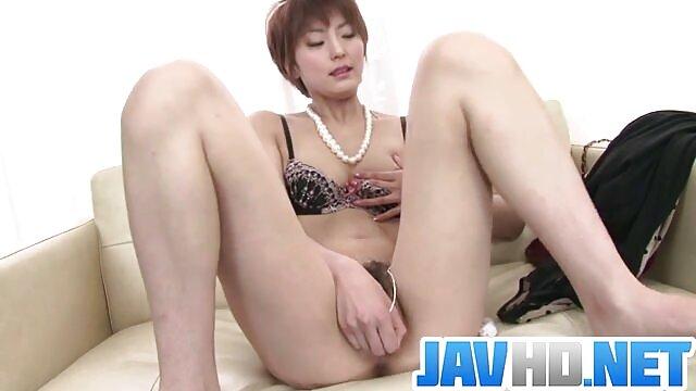 Kyanna asiatique à la peau film x regarder gratuitement lisse et soyeuse