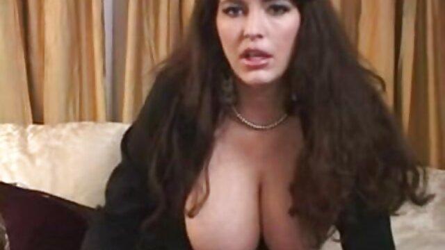 Sexe film porno complet gratuit streaming jouet lesbien érotique et doigté amusant