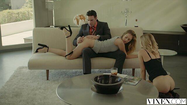 MARI FILMAGE FEMME SUCE LEUR film porno gratuit en entier BLACK BULL (compil)