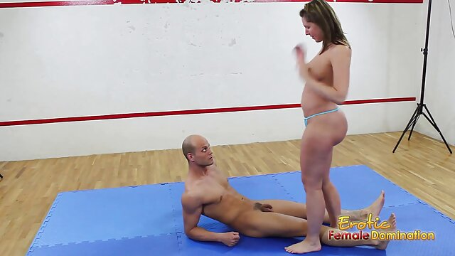 Gros seins voir un film porno gratuit femme