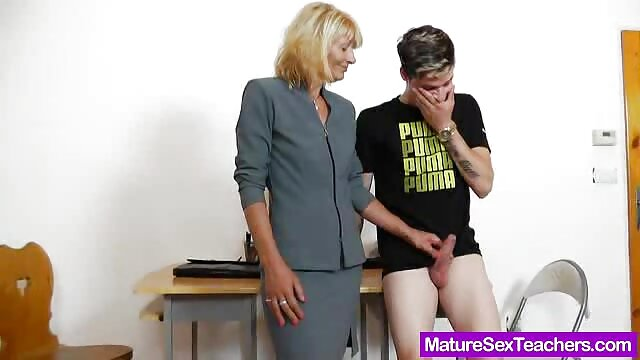 Mature pulpeuse streaming xxx français séduit jeune garçon