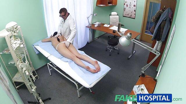Femme prend le poing film streaming porno complet et plusieurs jouets
