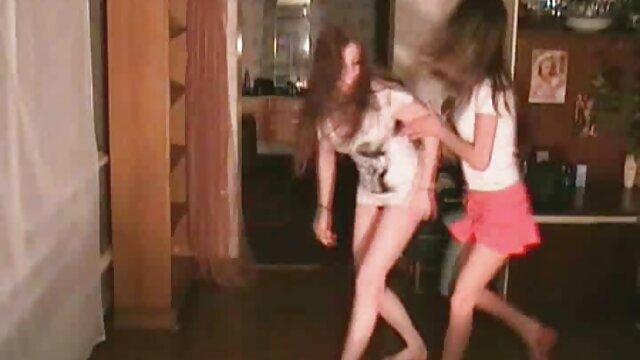 Super Chaud MILF Holly film x gratuit en streaming Sampson 5