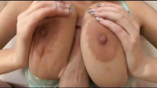 UN PEU DE PLAISIR DANS film porno en entier streaming LA CHAMBRE - FAIT MAISON