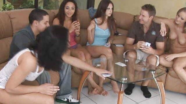 chaud sur le balcon film porno complet en streaming gratuit