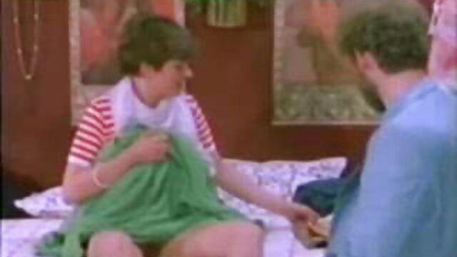 2 Plottes à Gros film porno complet gratuit en francais Seins